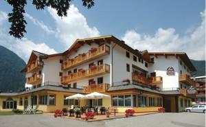 650x400-pinzolo-hotel_canada_italia_z